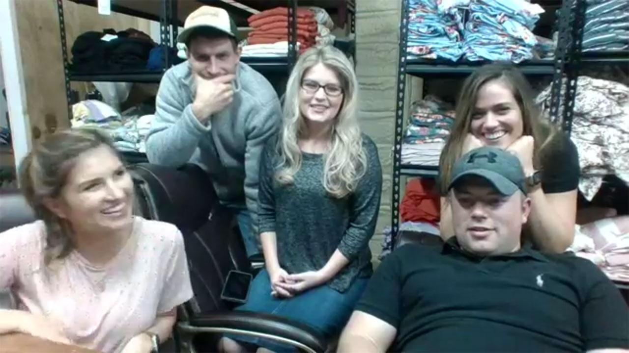 Bringing Up Bates - Bates Family Live – Episode 903