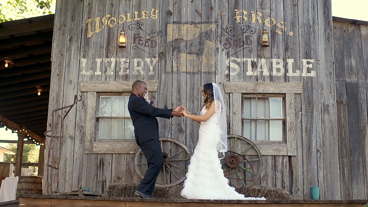 Our Wedding Story - Our Wedding Story – Going Old School