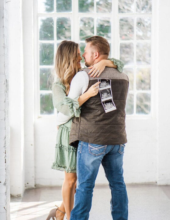 Zach and Whitney Bates Are Expecting Their Fourth Child! Pregnancy Announcement Photo Credit: Taryn Yager Photography