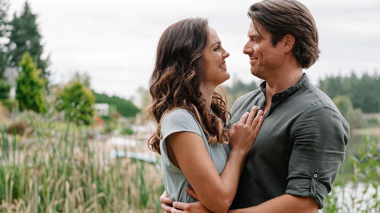 Love Stories in Sunflower Valley - Love Stories in Sunflower Valley – Movie Preview